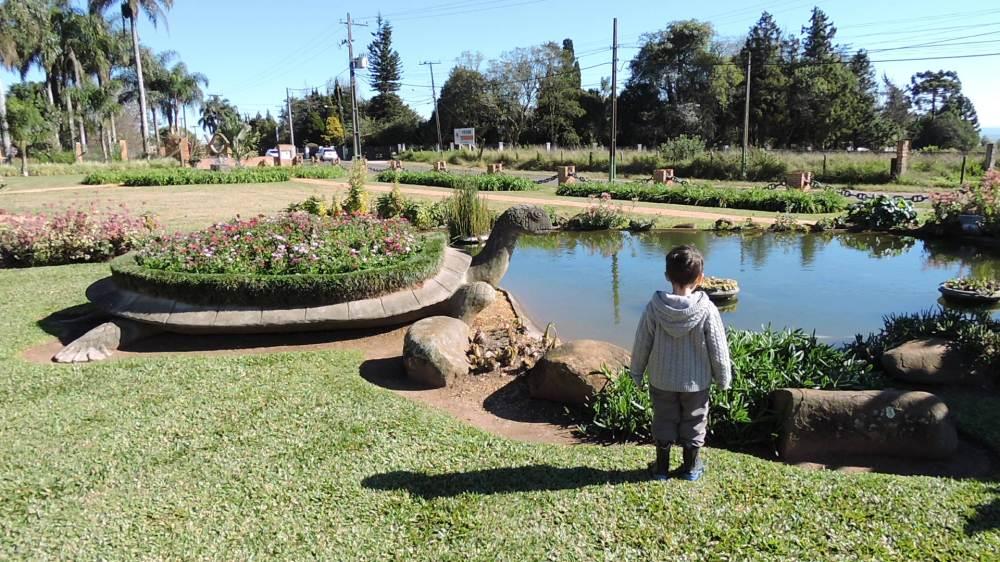 Carambeí_Parque_histórico_jardim_.JPG