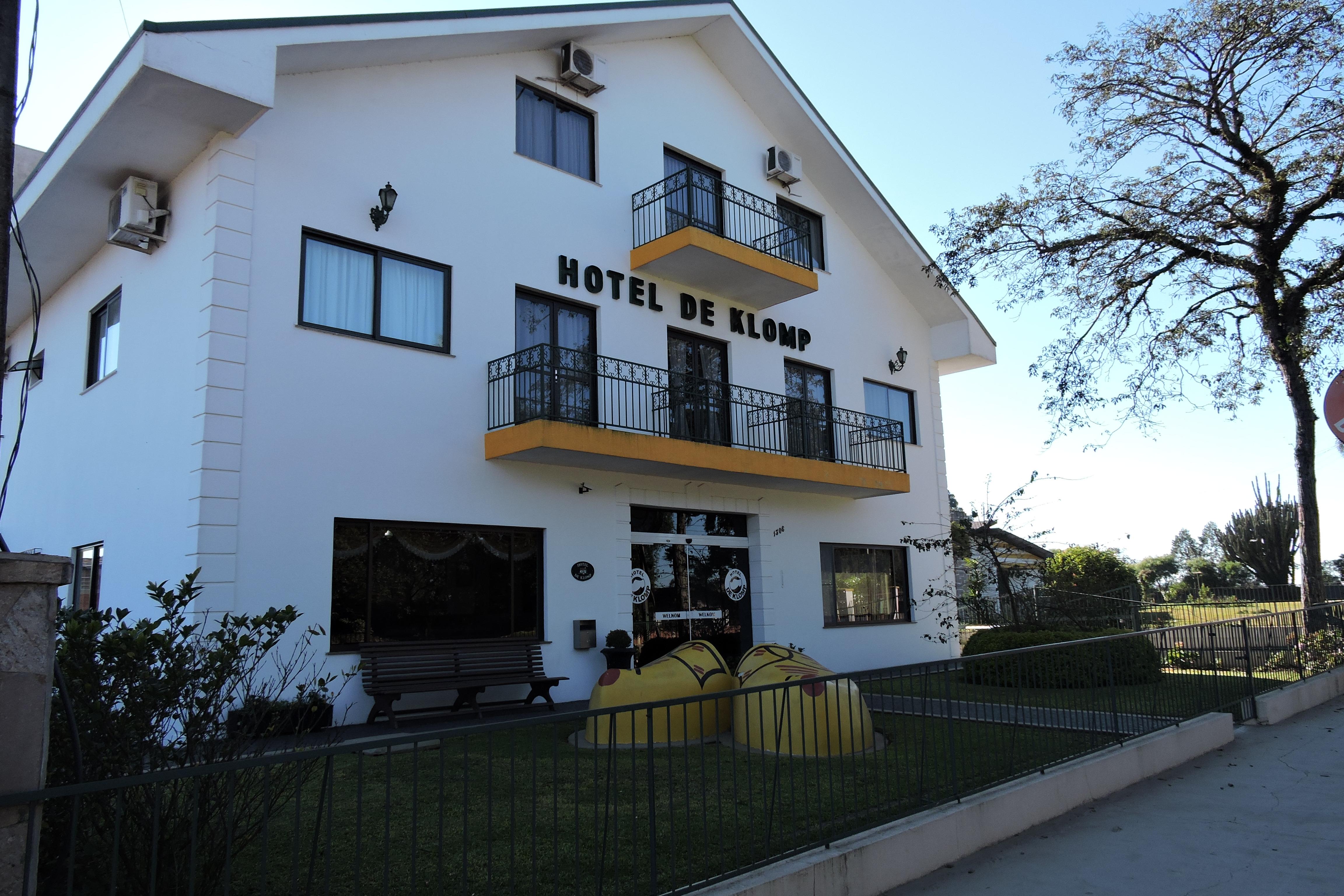 Hotel_de_klomp_carambei