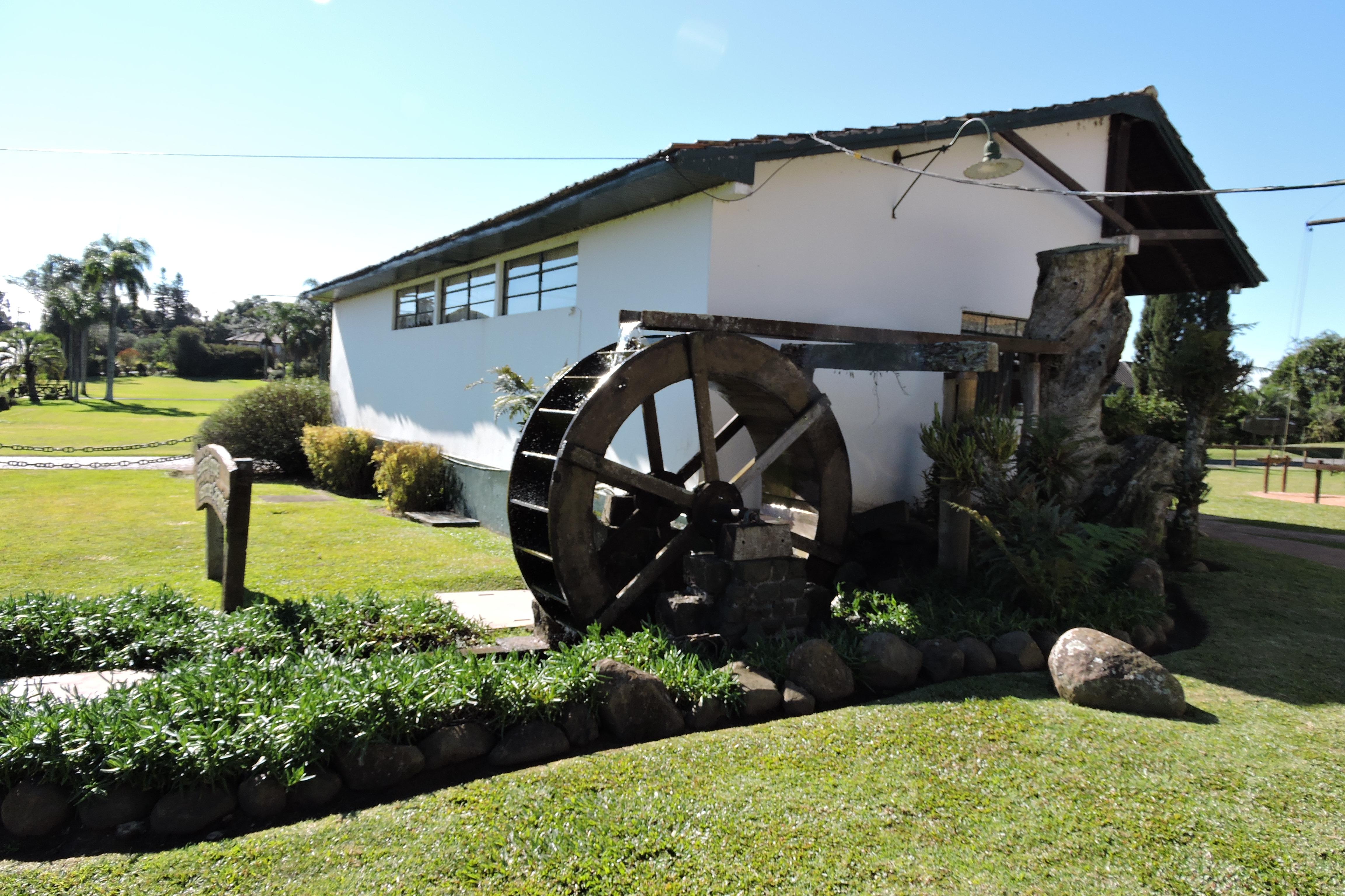 Parque_histórico-de_carambei.jardim