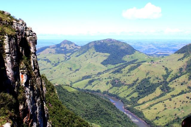 Pico Agudo_Sapopema_parana.jpg
