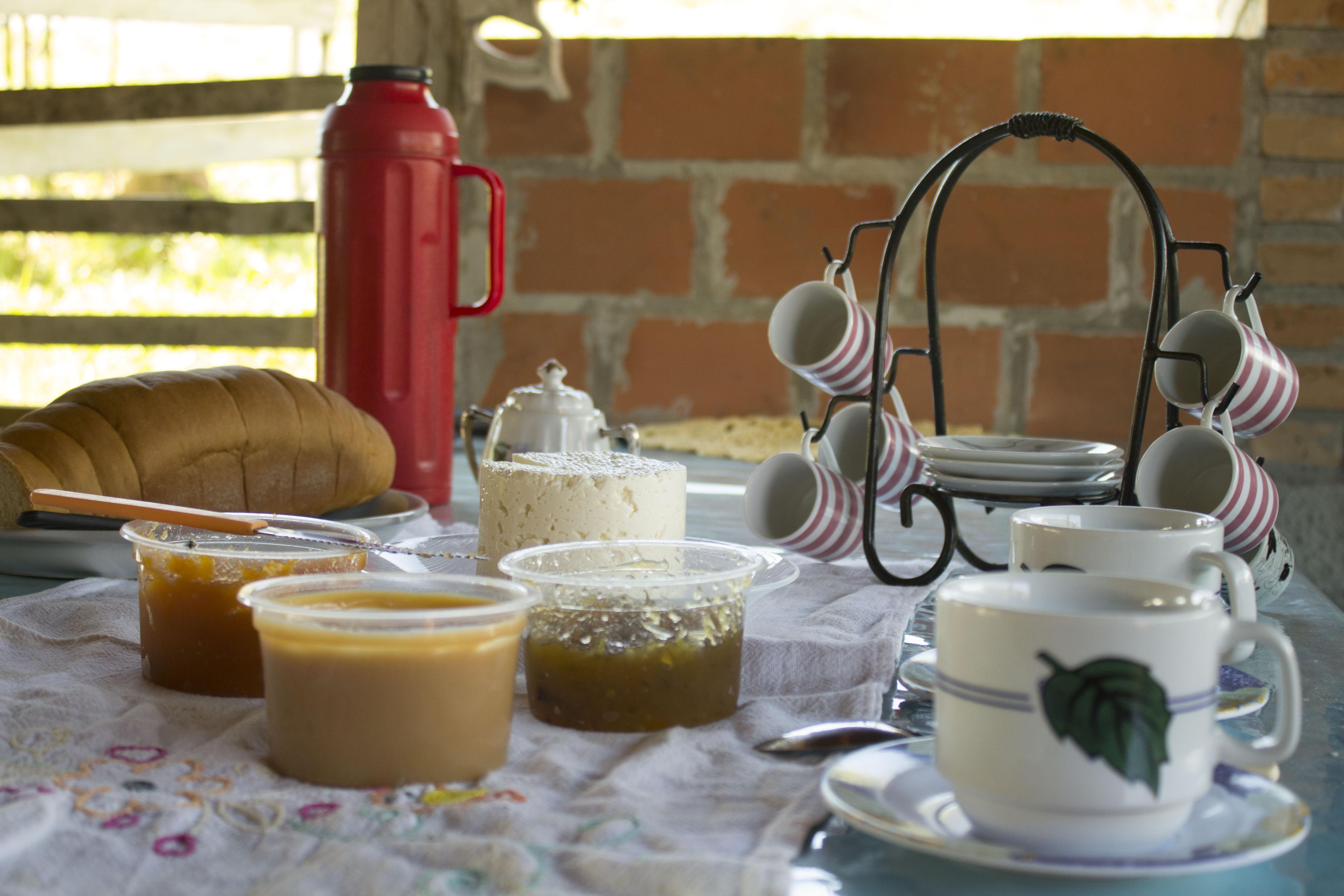 Cafe da tarde sitio santa gertrudes sapopema.jpg