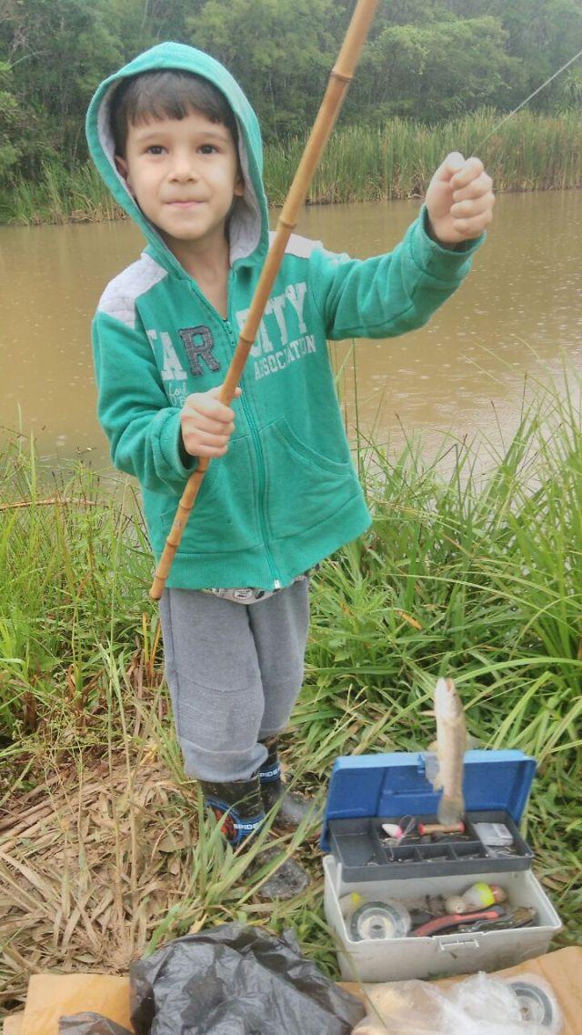 pesca na fazenda Abaeté.jpg