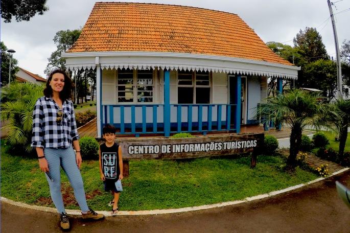 centro de informacoes turisticas prudentopolis.jpg